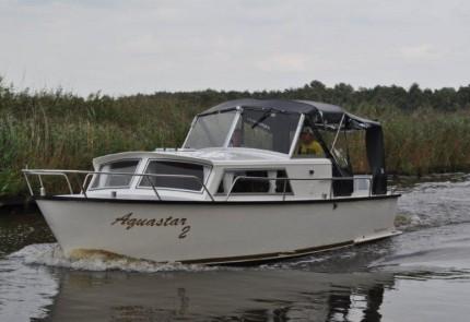 aquastar 2 aquanaut hausboot mieten yachtcharter 2000. Black Bedroom Furniture Sets. Home Design Ideas