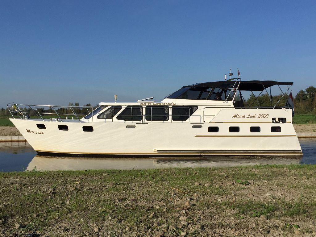 mercurius hausboot mieten yachtcharter 2000 friesland. Black Bedroom Furniture Sets. Home Design Ideas